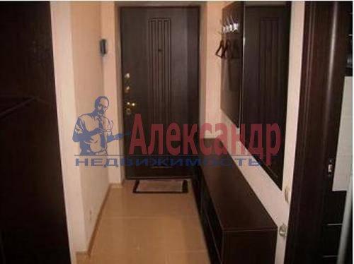 2-комнатная квартира (60м2) в аренду по адресу Космонавтов просп., 65— фото 2 из 6