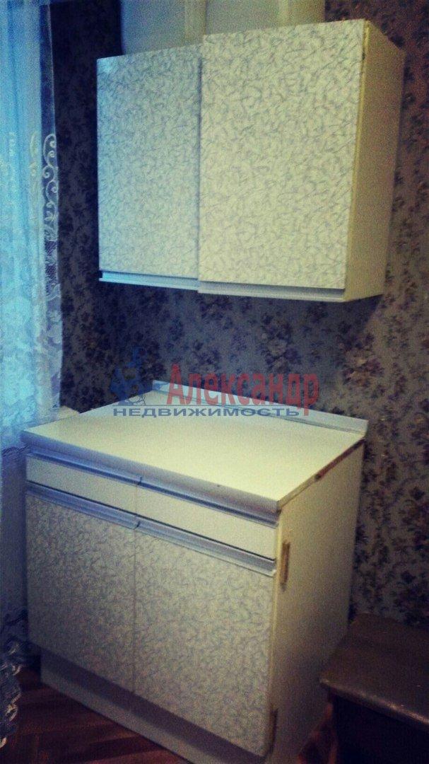 Комната в 2-комнатной квартире (47м2) в аренду по адресу Понтонный пос., Заводская ул., 3— фото 2 из 3