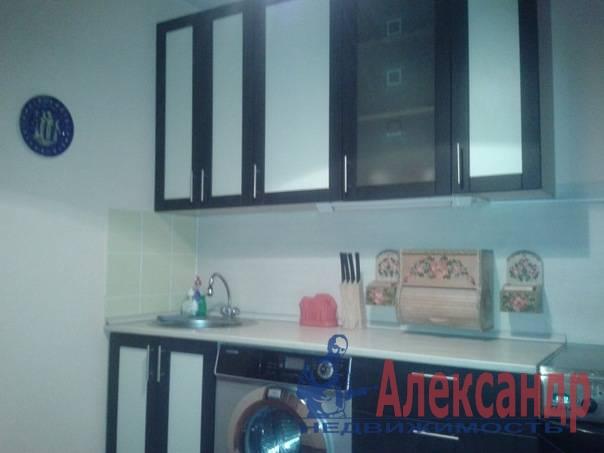 2-комнатная квартира (60м2) в аренду по адресу Хасанская ул., 22— фото 2 из 7