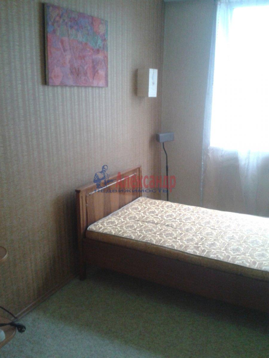 Комната в 4-комнатной квартире (74м2) в аренду по адресу Энгельса пр., 130— фото 5 из 7