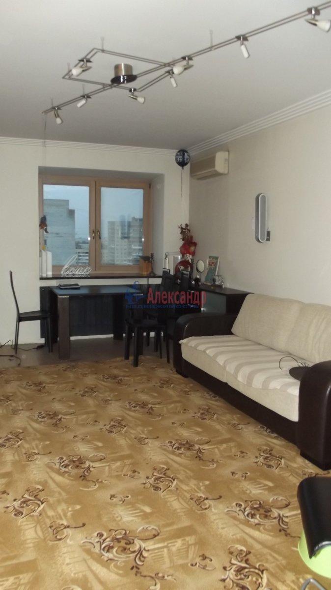 1-комнатная квартира (33м2) в аренду по адресу Кудрово дер., Венская ул., 4— фото 2 из 4