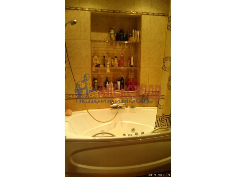 4-комнатная квартира (140м2) в аренду по адресу Большой пр., 82— фото 5 из 5