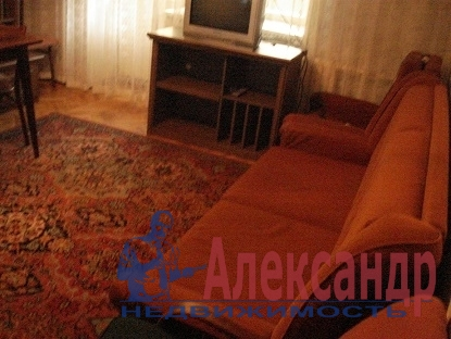 3-комнатная квартира (57м2) в аренду по адресу Луначарского пр., 56— фото 5 из 8