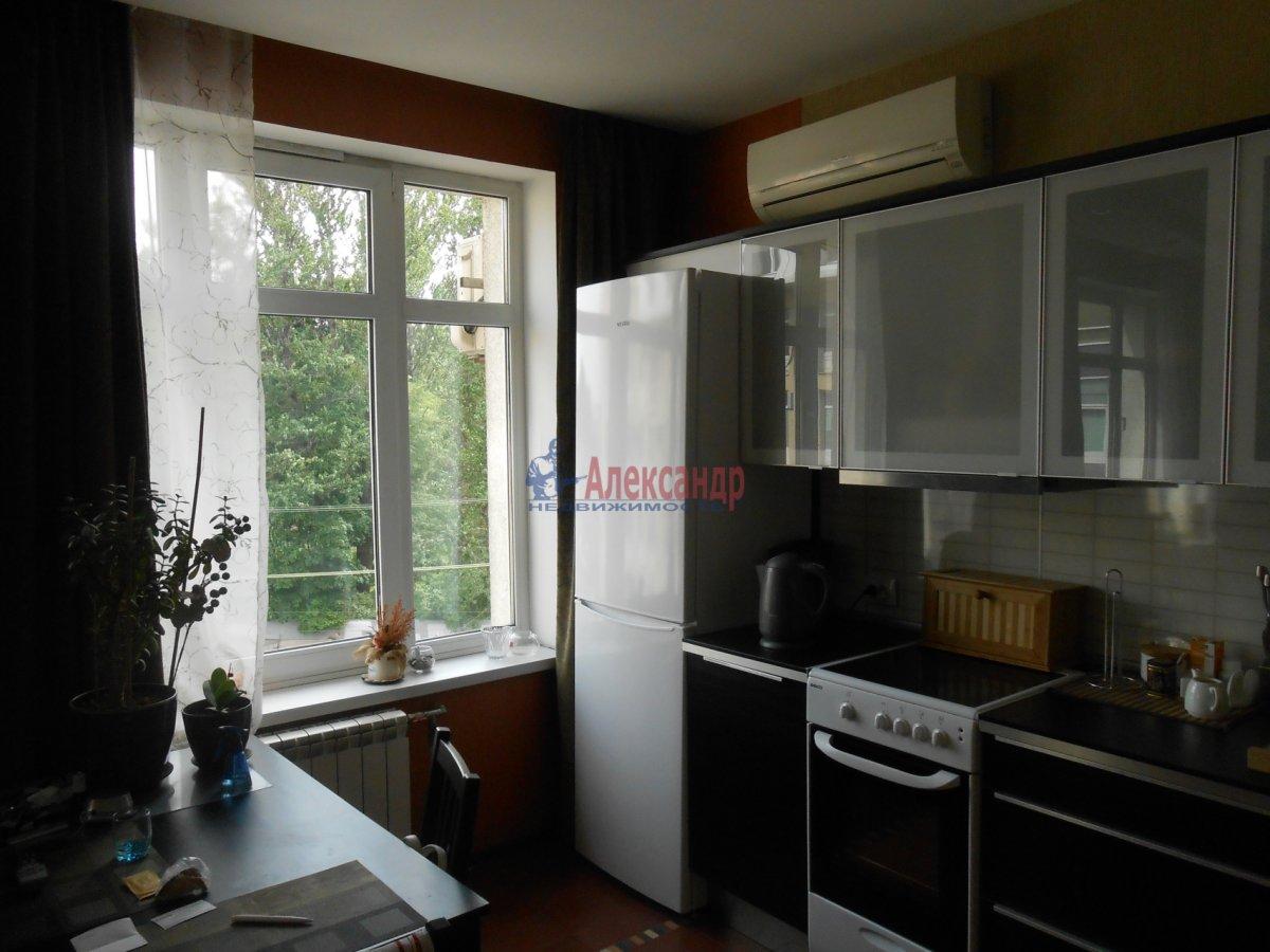 3-комнатная квартира (55м2) в аренду по адресу Боткинская ул., 15— фото 3 из 18