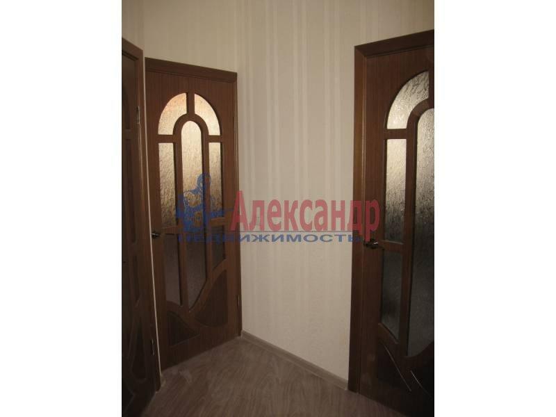 2-комнатная квартира (62м2) в аренду по адресу Коллонтай ул., 29— фото 4 из 8