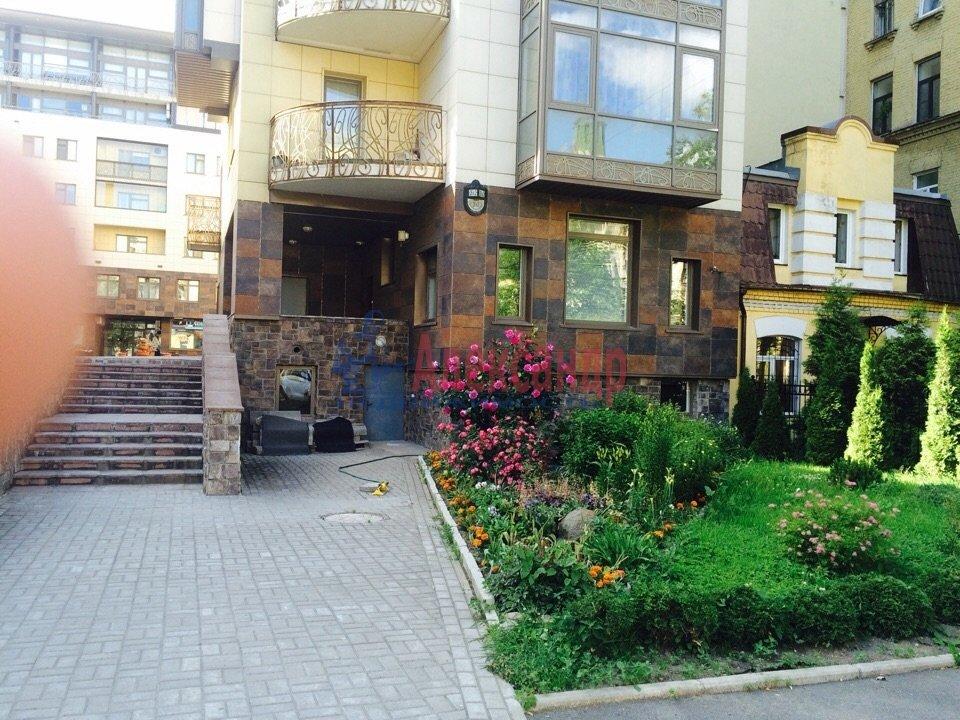 4-комнатная квартира (200м2) в аренду по адресу Куйбышева ул., 26— фото 16 из 16