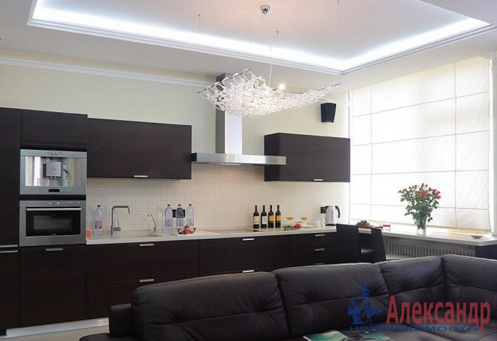 3-комнатная квартира (152м2) в аренду по адресу Мартынова наб., 74— фото 3 из 4