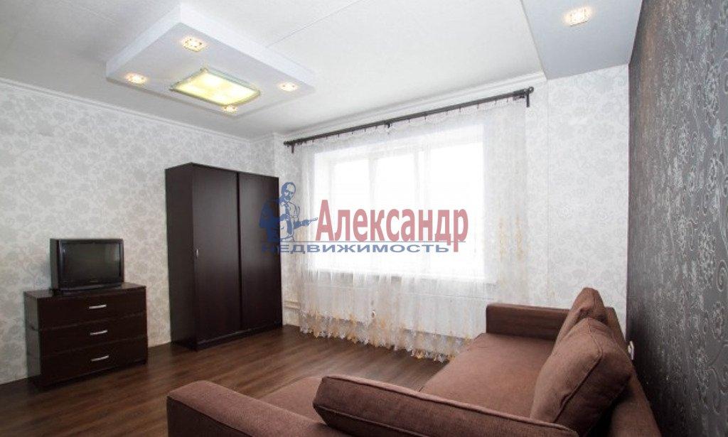 2-комнатная квартира (73м2) в аренду по адресу Московский просп., 73— фото 2 из 4