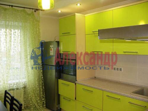 2-комнатная квартира (60м2) в аренду по адресу Космонавтов просп., 65— фото 15 из 21