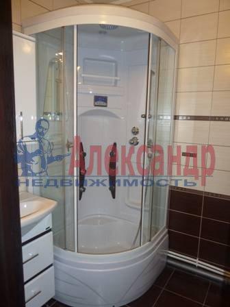 2-комнатная квартира (60м2) в аренду по адресу Юрия Гагарина просп., 14— фото 4 из 9