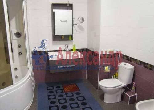 1-комнатная квартира (53м2) в аренду по адресу Новочеркасский пр., 33— фото 3 из 5