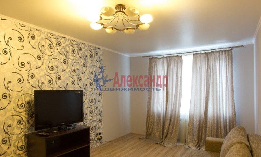 2-комнатная квартира (65м2) в аренду по адресу Кременчугская ул., 9— фото 1 из 3