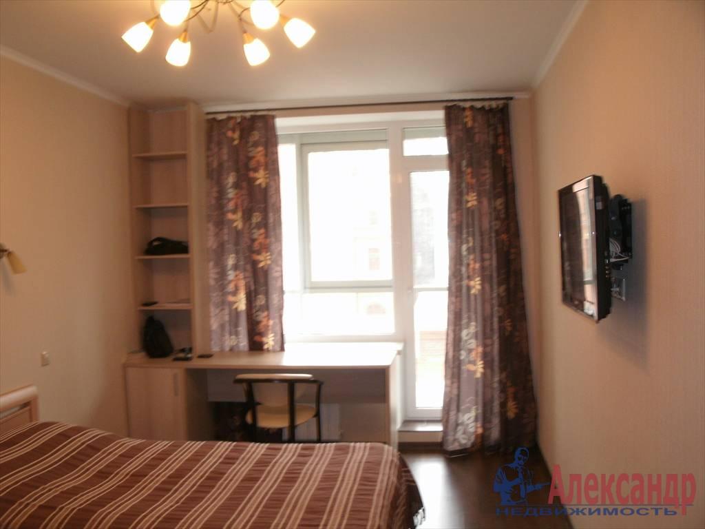 1-комнатная квартира (43м2) в аренду по адресу Новаторов бул., 8— фото 3 из 10