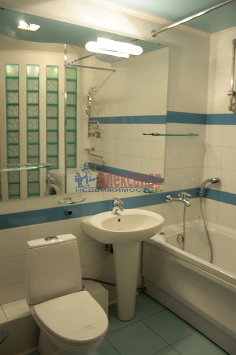 3-комнатная квартира (110м2) в аренду по адресу Невский пр., 117— фото 12 из 12