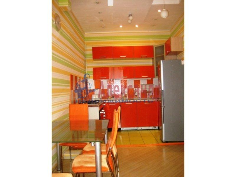 1-комнатная квартира (45м2) в аренду по адресу Чайковского ул., 54— фото 1 из 2