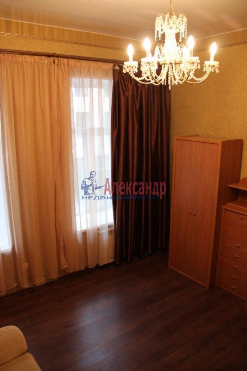 1-комнатная квартира (40м2) в аренду по адресу Ждановская наб., 7— фото 3 из 4