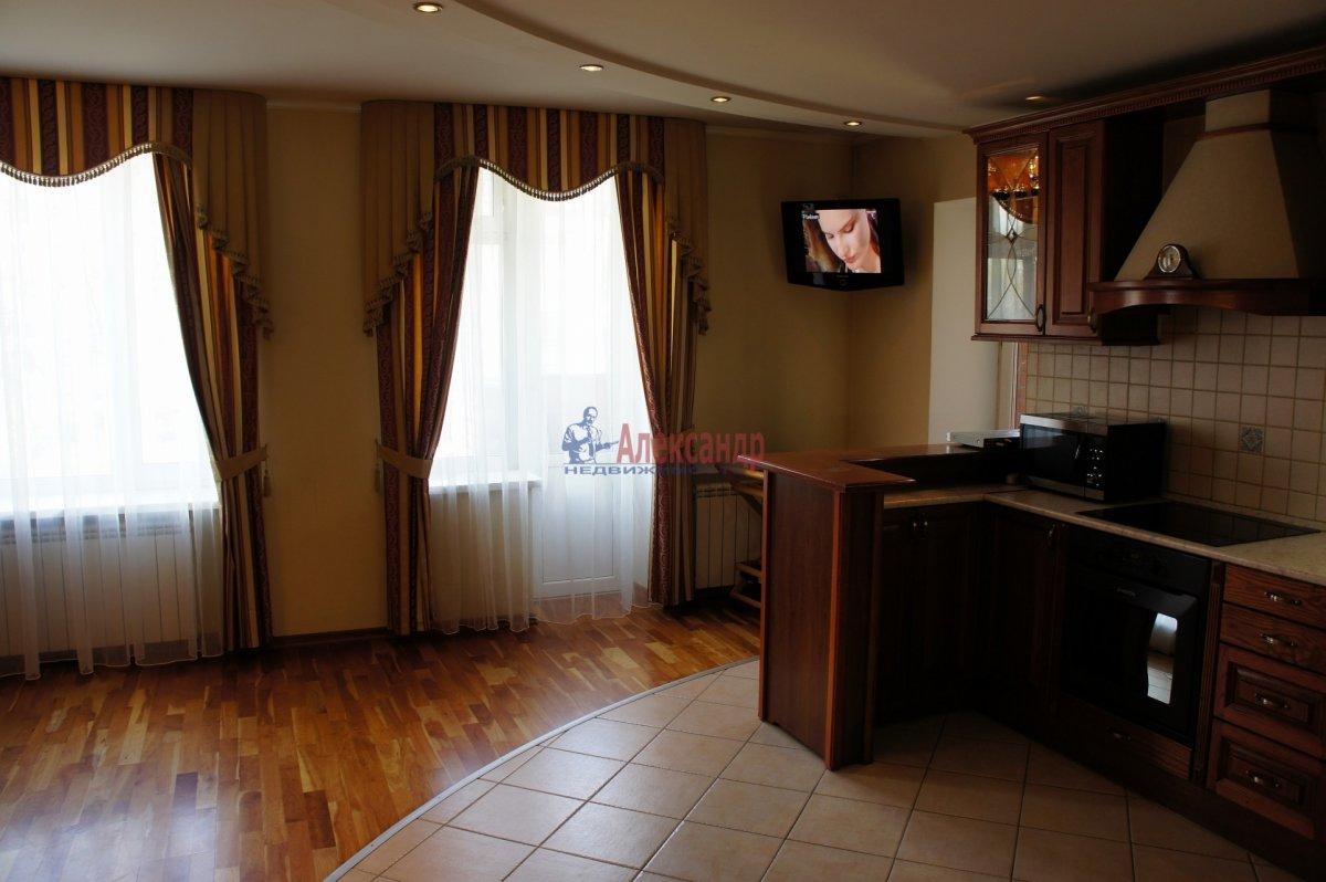 5-комнатная квартира (202м2) в аренду по адресу Дачный пр., 24— фото 2 из 25