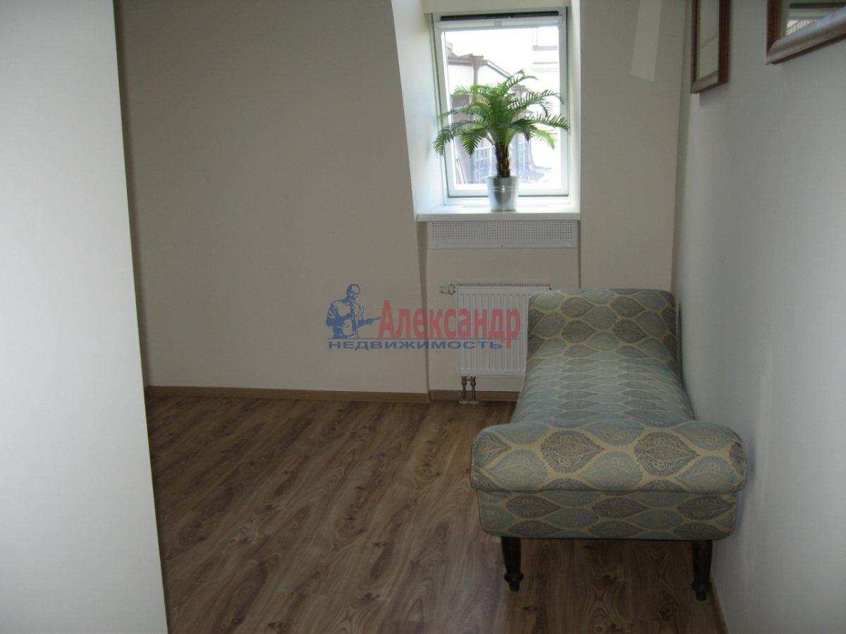 4-комнатная квартира (134м2) в аренду по адресу Детская ул., 18— фото 9 из 14