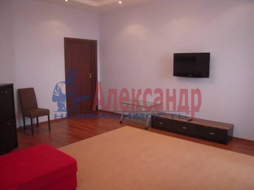 2-комнатная квартира (73м2) в аренду по адресу Коллонтай ул., 17— фото 3 из 4