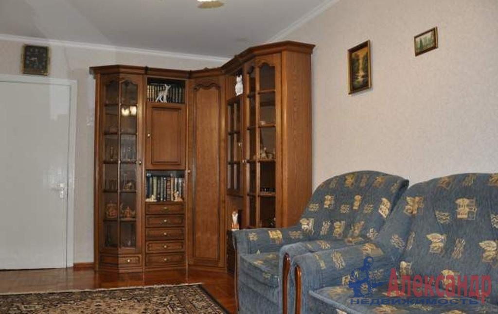 2-комнатная квартира (51м2) в аренду по адресу Шлиссельбургский пр., 5— фото 1 из 4