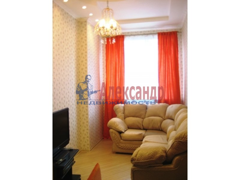 1-комнатная квартира (45м2) в аренду по адресу Чайковского ул., 54— фото 2 из 2