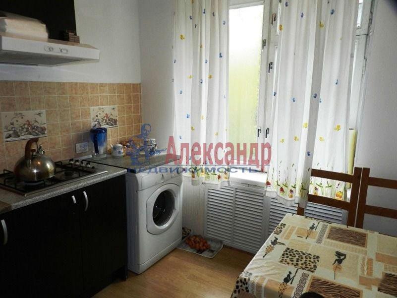 1-комнатная квартира (38м2) в аренду по адресу Школьная ул., 2— фото 3 из 5