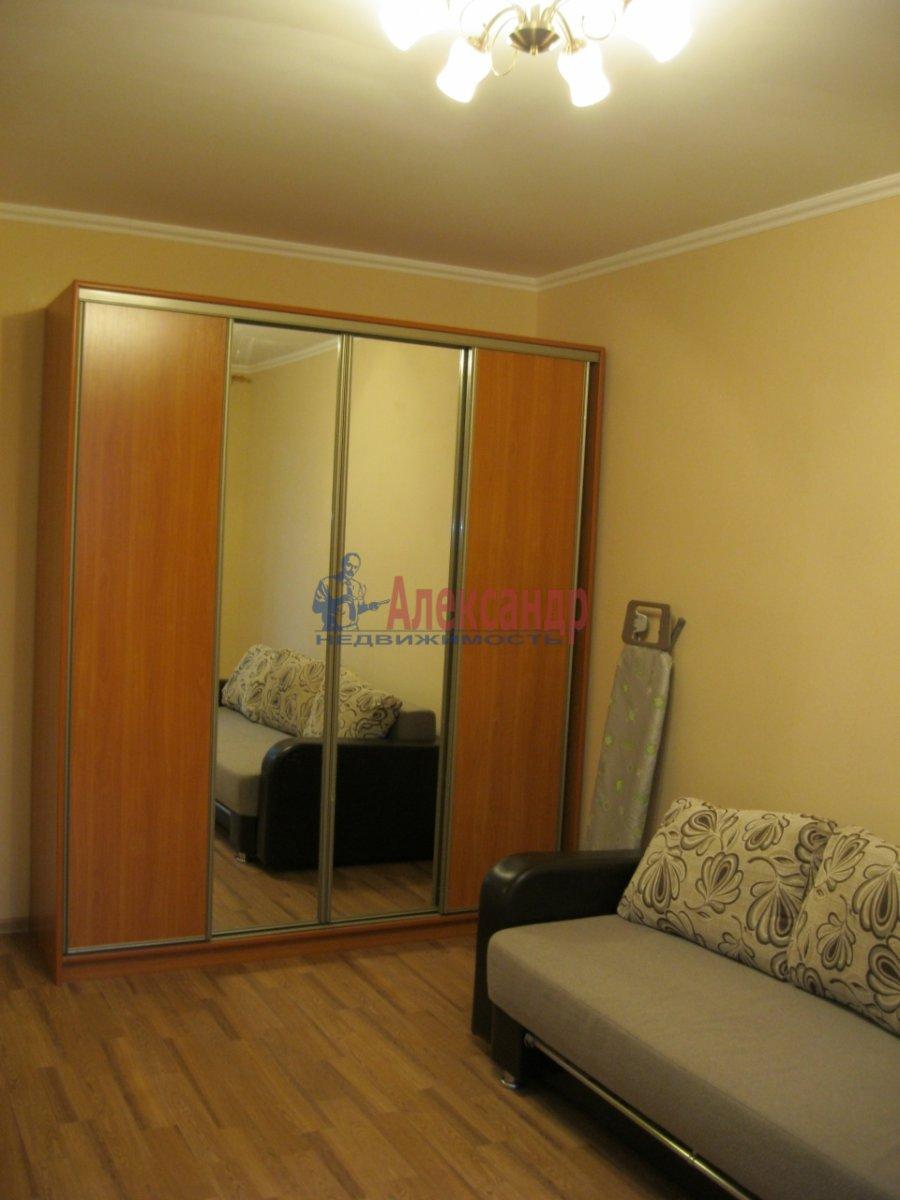 1-комнатная квартира (35м2) в аренду по адресу Дунайский пр., 7— фото 4 из 7
