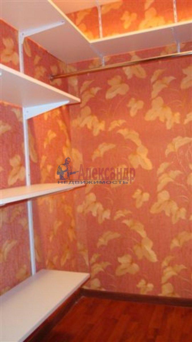 1-комнатная квартира (40м2) в аренду по адресу Типанова ул., 38— фото 4 из 8
