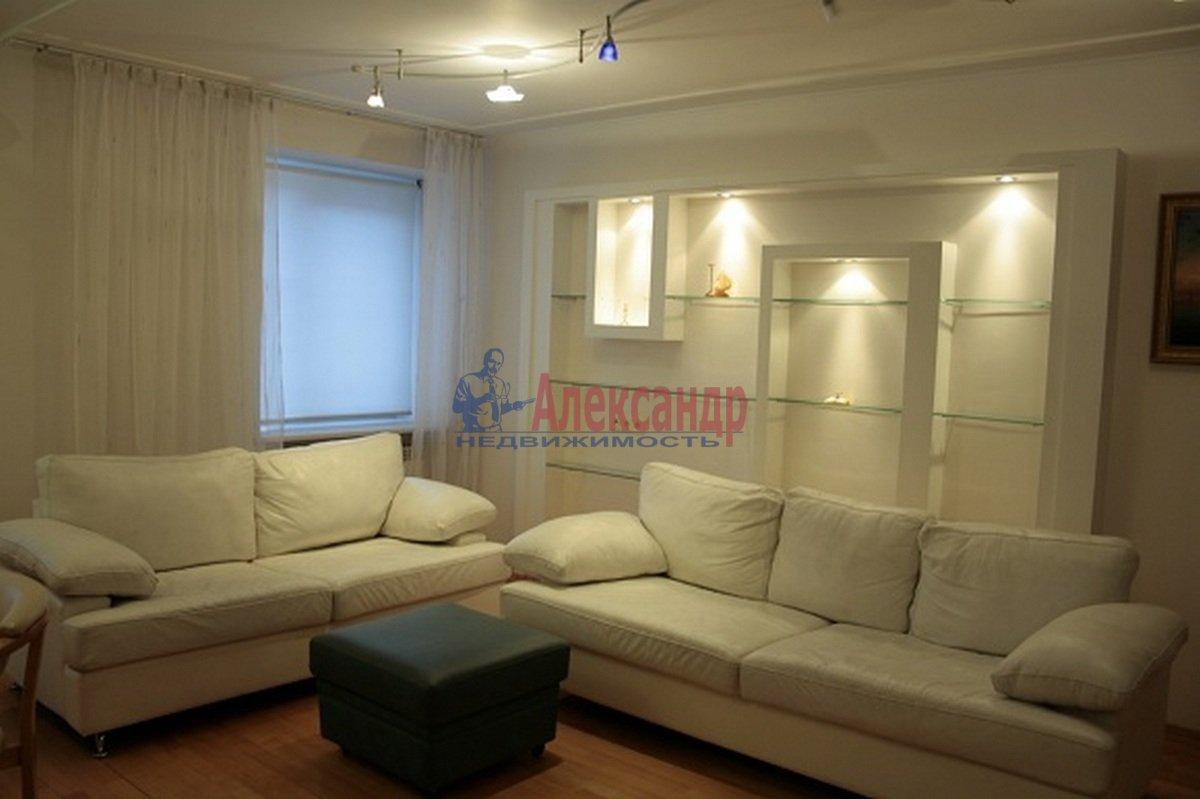 3-комнатная квартира (110м2) в аренду по адресу Невский пр., 117— фото 3 из 12