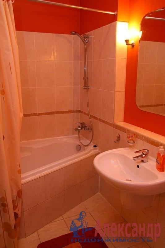 2-комнатная квартира (62м2) в аренду по адресу 21 линия В.О., 18— фото 4 из 4