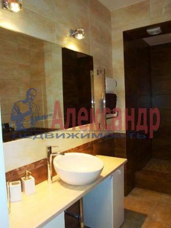 1-комнатная квартира (45м2) в аренду по адресу Конституции пл., 1— фото 1 из 8