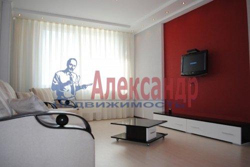 2-комнатная квартира (68м2) в аренду по адресу Дрезденская ул., 11— фото 3 из 11