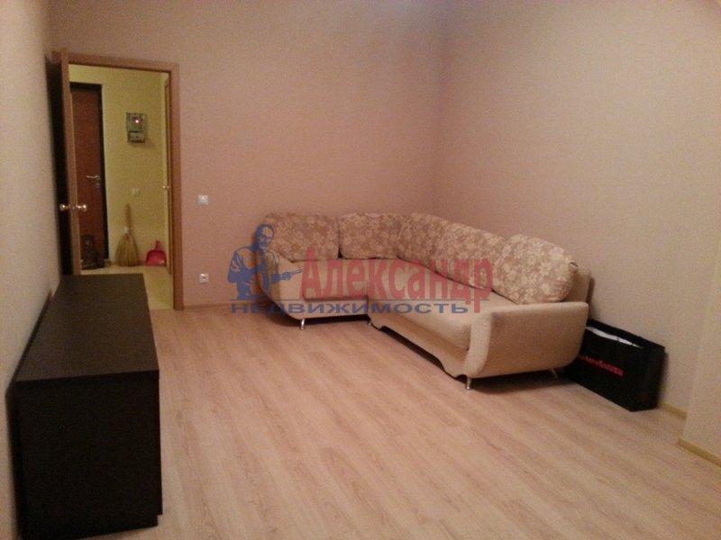 1-комнатная квартира (48м2) в аренду по адресу Киевская ул., 3— фото 3 из 11