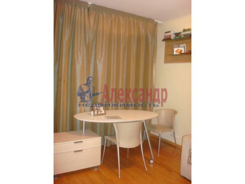 2-комнатная квартира (56м2) в аренду по адресу Вознесенский пр., 20— фото 2 из 4