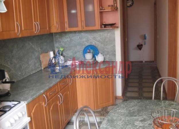 Комната в 2-комнатной квартире (60м2) в аренду по адресу Кузнецовская ул., 38— фото 2 из 3