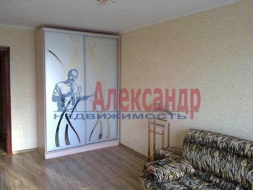 Комната в 2-комнатной квартире (52м2) в аренду по адресу Просвещения просп., 84— фото 1 из 4