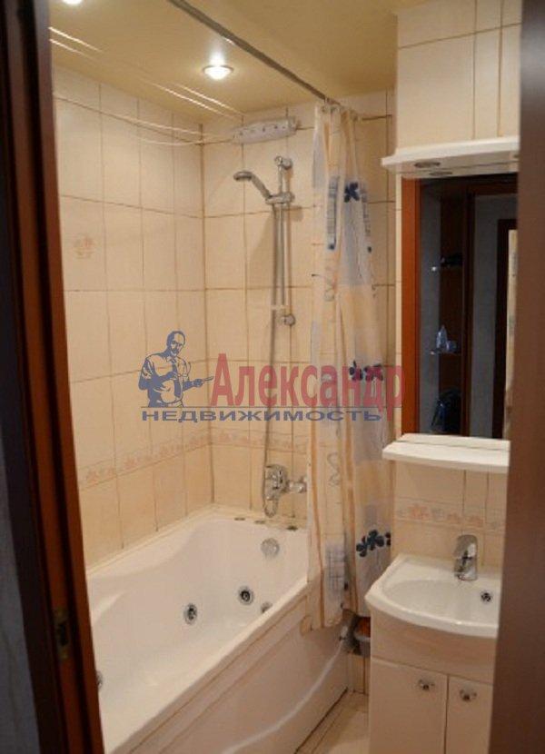 1-комнатная квартира (45м2) в аренду по адресу Светлановский просп., 99— фото 5 из 8