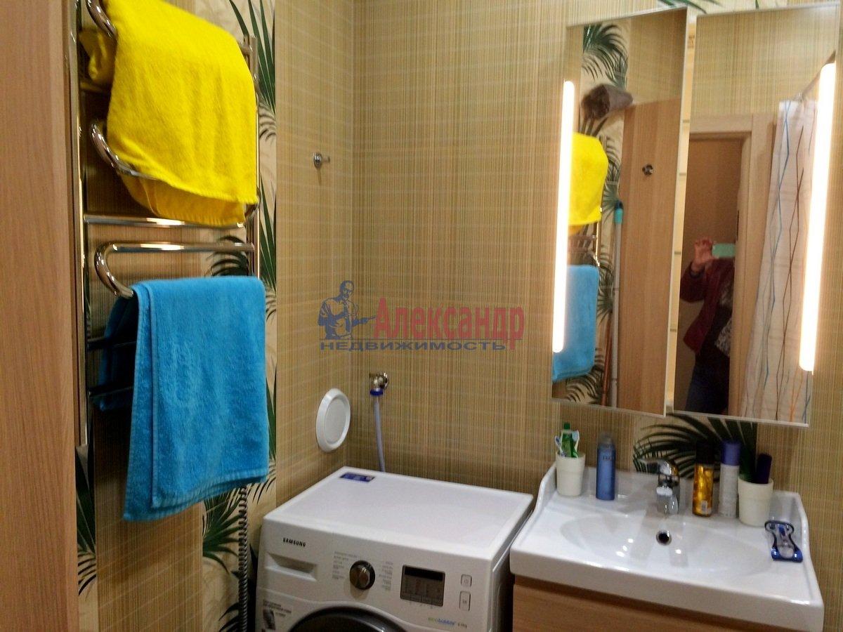 2-комнатная квартира (102м2) в аренду по адресу Обводного канала наб., 108— фото 6 из 8