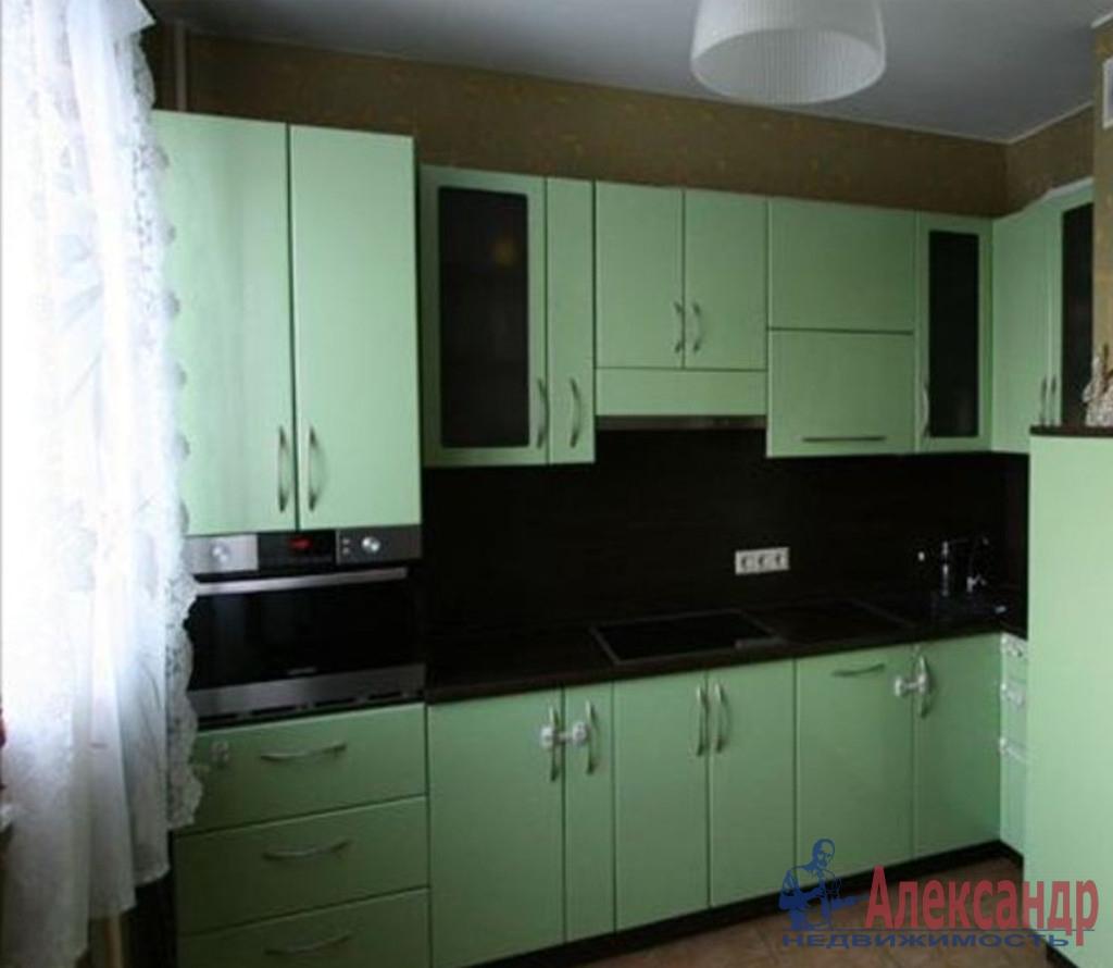 1-комнатная квартира (40м2) в аренду по адресу Московский просп., 73— фото 2 из 3