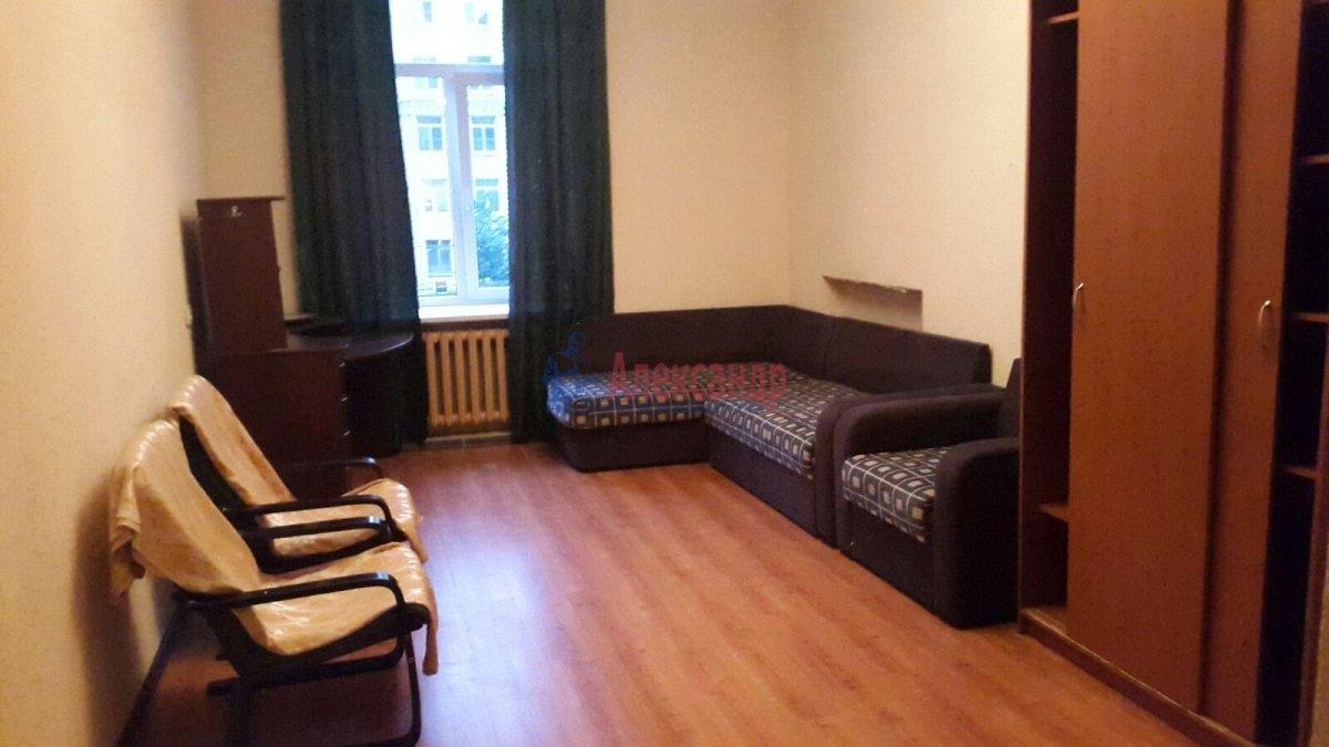 3-комнатная квартира (90м2) в аренду по адресу Московский просп., 191— фото 2 из 9