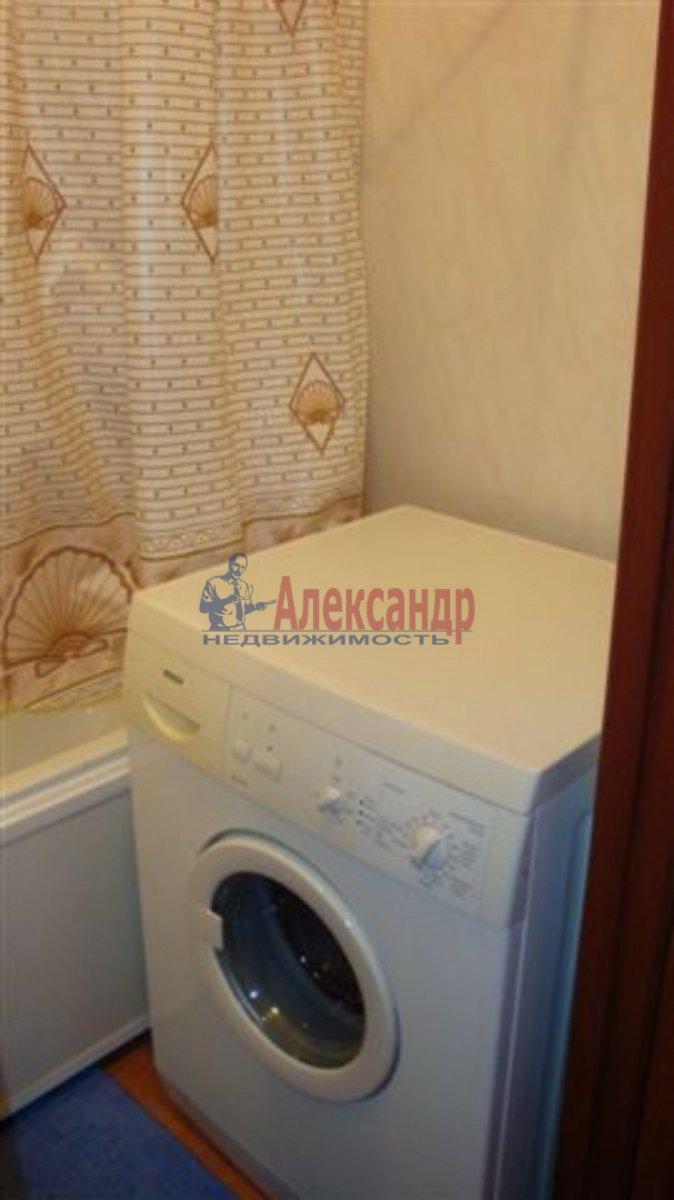 1-комнатная квартира (40м2) в аренду по адресу Типанова ул., 38— фото 6 из 8