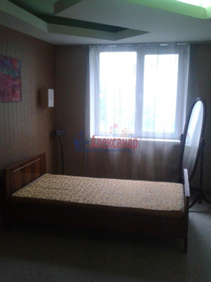 Комната в 4-комнатной квартире (74м2) в аренду по адресу Энгельса пр., 130— фото 6 из 7