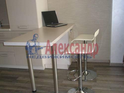 2-комнатная квартира (68м2) в аренду по адресу Комендантская пл., 6— фото 5 из 10