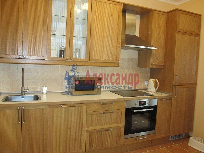 1-комнатная квартира (40м2) в аренду по адресу Космонавтов просп., 61— фото 1 из 4