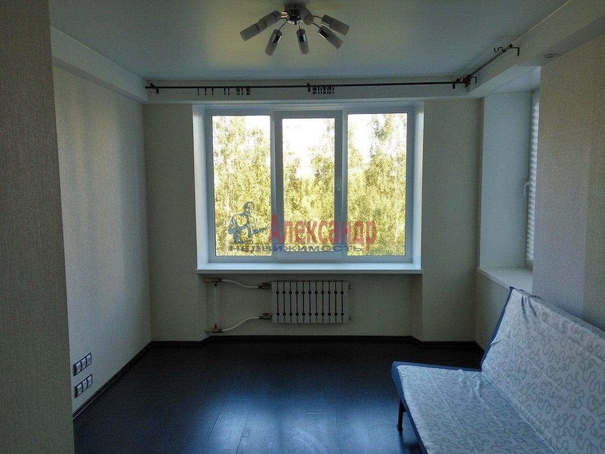 1-комнатная квартира (33м2) в аренду по адресу Художников пр., 19— фото 2 из 11