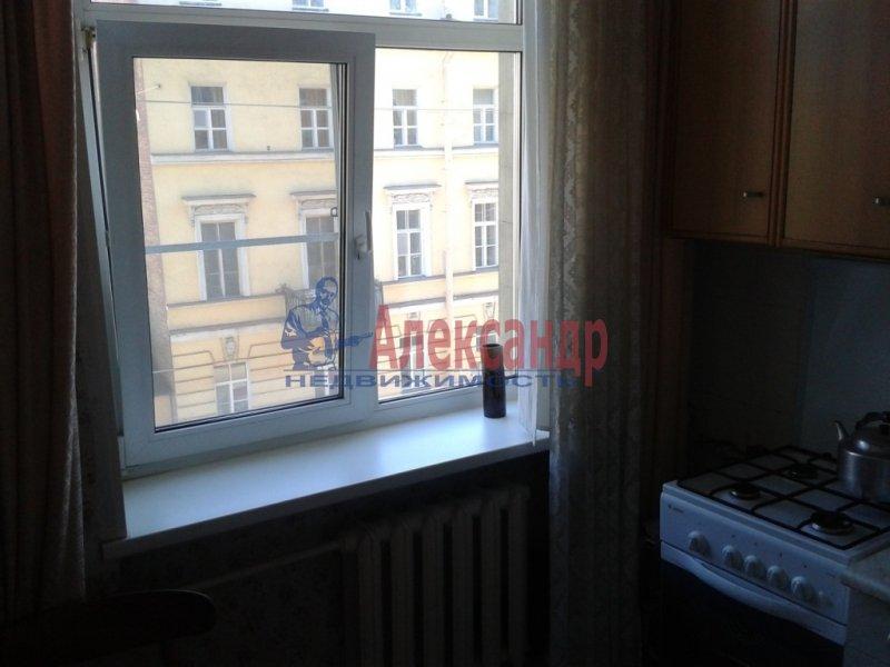 1-комнатная квартира (35м2) в аренду по адресу Бухарестская ул., 31— фото 1 из 6