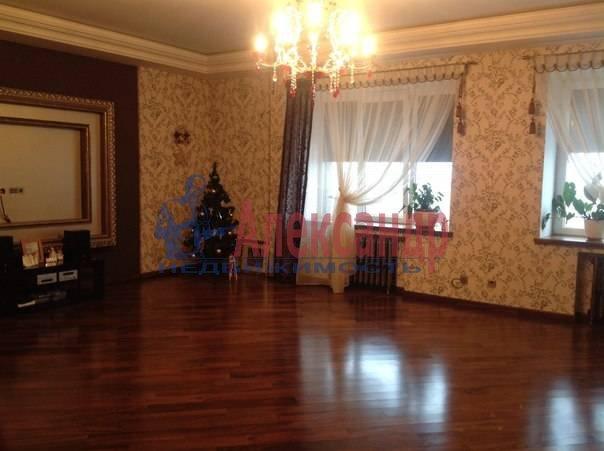 3-комнатная квартира (97м2) в аренду по адресу Луначарского пр., 21— фото 2 из 12