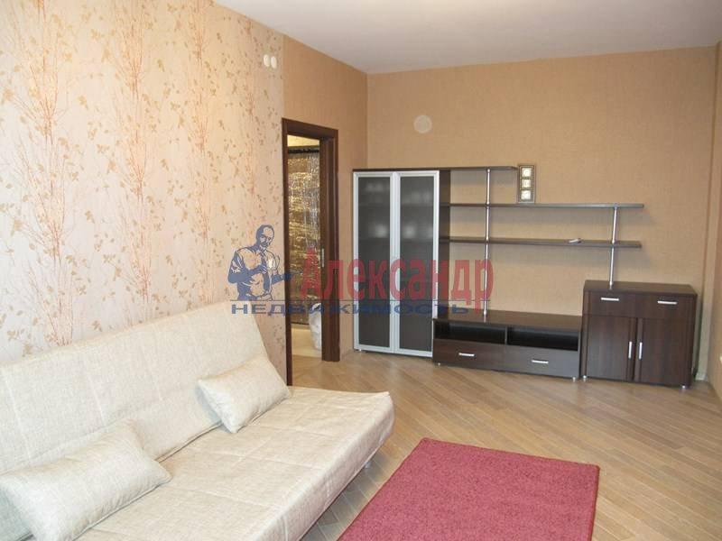 2-комнатная квартира (65м2) в аренду по адресу Беринга ул., 23— фото 3 из 12