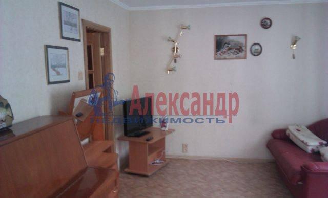 2-комнатная квартира (45м2) в аренду по адресу Алтайская ул., 9— фото 2 из 6