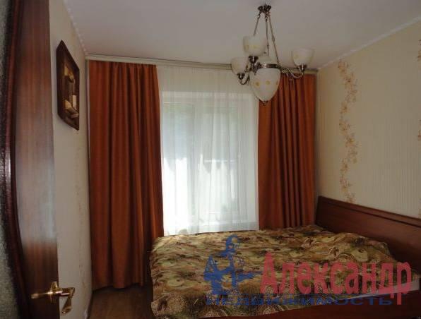 2-комнатная квартира (42м2) в аренду по адресу Краснопутиловская ул., 77— фото 1 из 3
